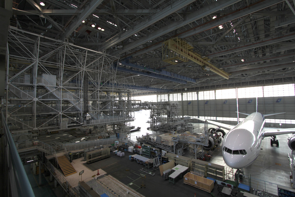 ANA Airplane Maintenance Center (08)