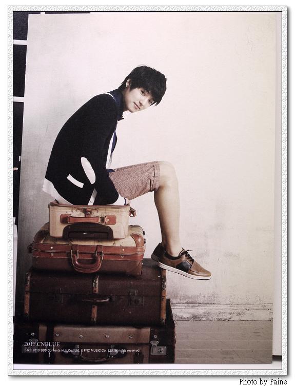 CNBLUE 2011官方月曆_08.JPG