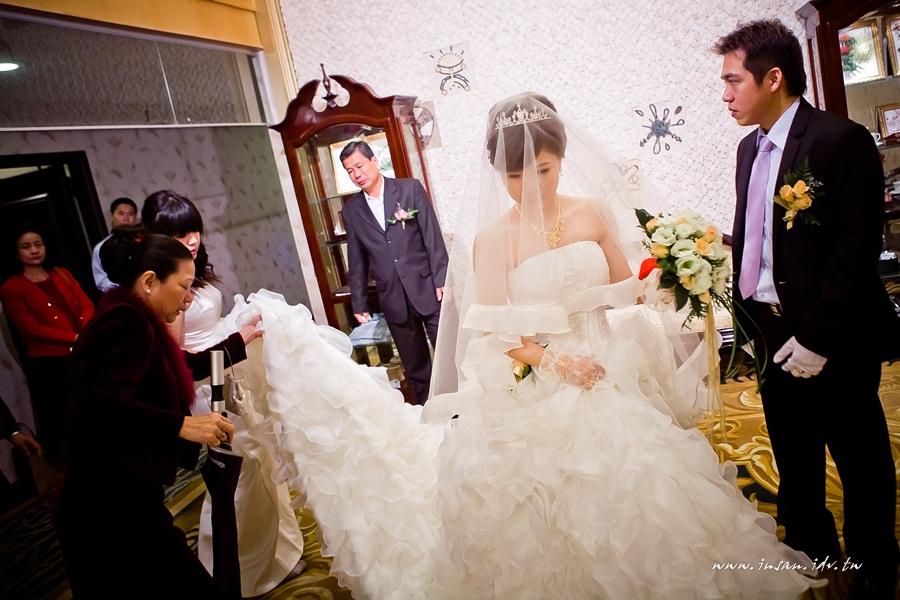 wed101105_0316