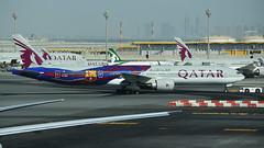 Qatar Airways (Barcelona F.C.) Boeing 777-3DZ/ER A7-BAE (StephenG88) Tags: hamadinternationalairport doha doh hia boeing airbus 20thseptember2016 20916 92016 qatar qatarairways qr qtr 777300er 77w 773 777 a7bae barcelona bacelonafc football club