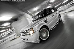 (Talal Al-Mtn) Tags: 2005 street motion cars underground photography 2006 kuwait landrover 2008 rangerover rangeroversport 2009 dub lr talal 2007 supercharged q8 whiteandblack lr3 rrs kwt carrig lr4 rangesport rigshot lm10 inkuwait almtn talalalmtn  rangeroverinkuwait photographybytalalalmtn rangerover2010 kahnproject rangeroverlovers carsshot rrssc rangerover2011