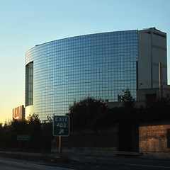 Four Seasons Hotel (Riex) Tags: california morning building glass architecture facade sunrise dawn hotel paloalto batiment vitres verre matin californie aube fourseasonshotel leverdusoleil s95 vitree canonpowershots95