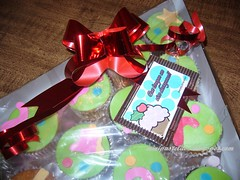 Arbolito de Cupcakes (minipastelitos) Tags: christmas de navidad cupcakes chocolate kitty rbol crema leche dulce relleno arbolito galletas fresa pastelitos vainilla cupcakescake pastelera arbolitonavidad panquecitos minipastelitos pasteldepanquecitos navidadcupcake