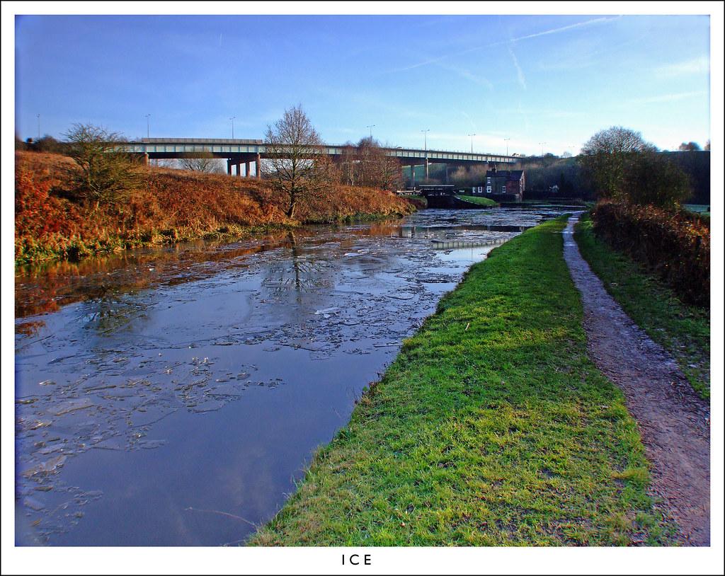 Leeds Liverpool Canal wigan