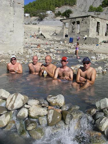 2009-10-17 baño en Tiermas