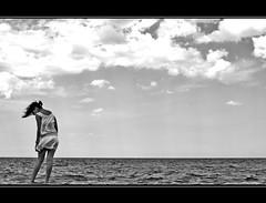 I sogni correvano come raffiche di maestrale... (Giuseppe Suaria) Tags: ocean sea sky mer girl mare wind laut windy cielo dada breeze brezza vento oceano ragazza mistral maestrale dada°