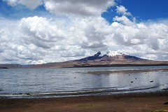 Lago Chungara - Chile (Noelegroj (Gracias amigos 700.000 views!)) Tags: chile sky clouds lago cielo nubes altiplano arica parinacota lauca chungara worldwidelandscapes panoramafotogrfico