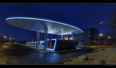 Busbahnhof Halle/Saale (p h o t o . w o r l d s) Tags: winter night germany fuji nightshot illumination bahnhof dri hdr beleuchtung hallesaale nachaufnahme busbahnhof photomatix tonemapping sigma20mm18 s5pro architekturbeinacht photoworlds joergweitzenberg busmainstation