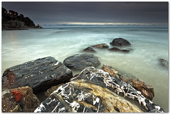 blue hour at alassio (chris frick) Tags: longexposure sunset sea italy seascape motion coast dusk liguria wideangle boulders filter lee mediterraneansea ballhead alassio gitzotripod 06nd chrisfrick canon1635mmf28liiusm canoneos5dmark2 075gndhard