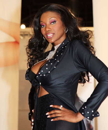 Photos Tagged With Nyomibanxxx 3n2q6560