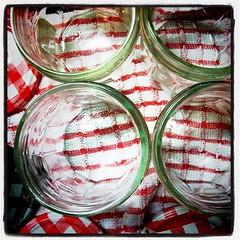 煮沸消毒!ボンヌママンの空き瓶はドレッシングなど調味液をお裾分けするのに便利o(^▽^)o