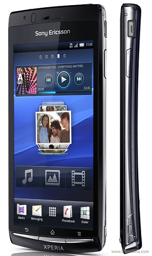 Sony Ericsson Xperia Arc pictures and specs