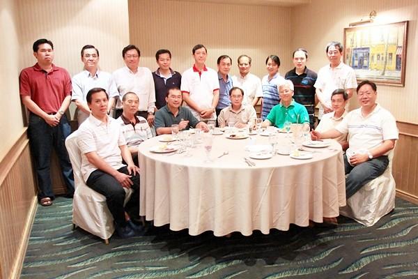 IMG_8427 Men's Fellowship group pic