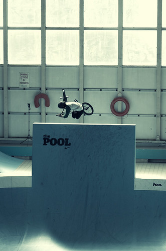 /*/*/*/*/ THE POOL 2011 /*/*/*/*/