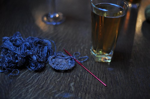 pub knitting (crocheting)