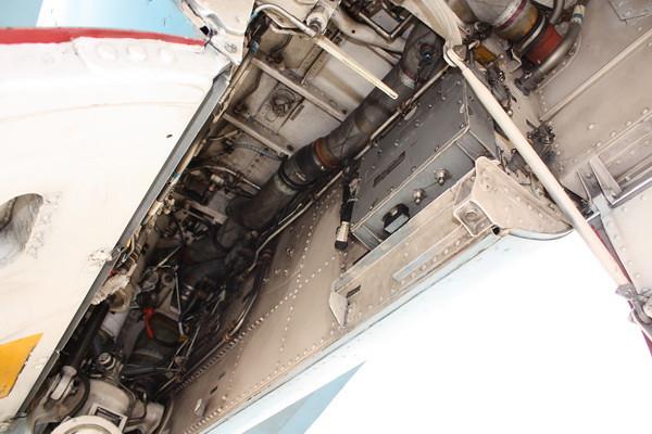 EAA10_FA-18C_028