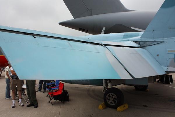 EAA10_FA-18C_068