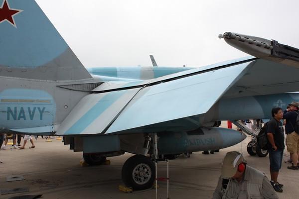 EAA10_FA-18C_108