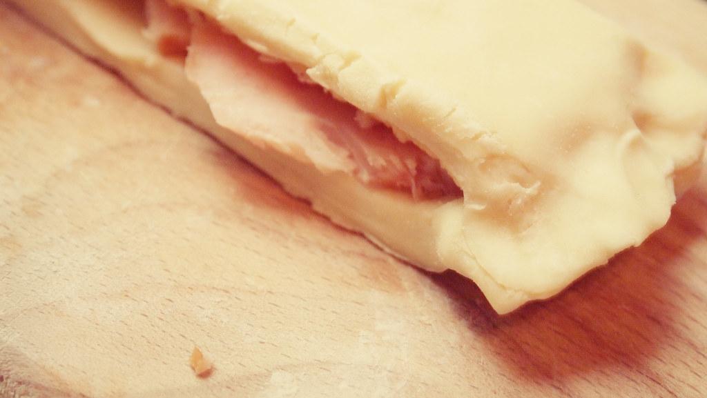 Слоёные косички с курицей и сыром Самые полезные рецепты!