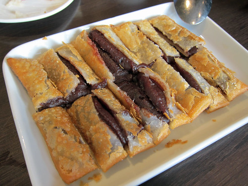 Fried Pancake with Red Bean Paste