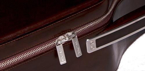 Calder Classic cu handle-zip web