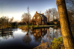 The Dutch countryside (A r l e t t e - 365 project) Tags: november house tree nature water dutch rural reflections outside duck pond thenetherlands ducks boom huis arbre huisje hdr eend gein buiten arlette eenden abcoude eendjes 3xp watertje dutchcountryside anawesomeshot