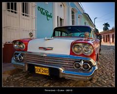 Cuba (jpmiss) Tags: travel colors contrast lumire cuba olympus trinidad contraste zuiko dri e510 exposureblending digitalblending enfuse olympuse510 jpmiss bracketeer exposurefusion