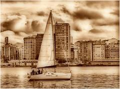 1794-Porto da Coruña (jl.cernadas) Tags: españa monochrome sepia puerto mar spain coruña europa europe barcos galicia galiza porto nubes vela atlantico acoruña lacoruña embarcaciones puertocoruña