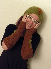 greta sleeves and cowl 022