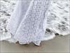 (ccarriconde) Tags: flores praia brasil riodejaneiro mar ccarriconde cristinacarriconde copacabana fé oração palmas umbanda yemanja oferenda copyright©cristinacarricondeallrightsreserved ©cristinacarriconde