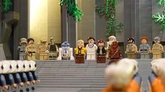 A heroes reception (Legoagogo) Tags: temple starwars lego r2d2 lukeskywalker c3po hansolo yavin moc cewbacca
