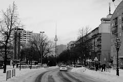 Berlin Lindenstrasse (Hindrik S) Tags: street winter sky snow cold berlin tower loft germany deutschland toren strasse sony sneeuw alexanderplatz fernsehturm lucht turm kalt berlijn koud a300 lindenstrasse tvturm kjeld sonyalpha 300 alpha300 sonyphotographing kld