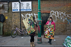 WikiLeaks have WMD's say US (Gary Kinsman) Tags: london eastlondon bricklane e1 canon5d canon28mmf18 candid streetphotography street life spitalfields bricklanemarket market paintings eveningstandrd graffiti 2011 people person