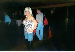 AEE1/10....Las Vegas (Shot by Newman) Tags: hot boots boobs babe jeans blonde