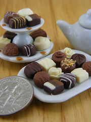 Luxury Praline Collection (Shay Aaron) Tags: food white scale dark dessert miniature milk candy handmade aaron fake mini jewelry polymerclay fimo biscuit tiny faux shay handcrafted 12th 112 geekery bittersweet jewel petit praline twelfth weeny pastryshop chocolatechipscookie shayaaron wearablefood bakeryboutique