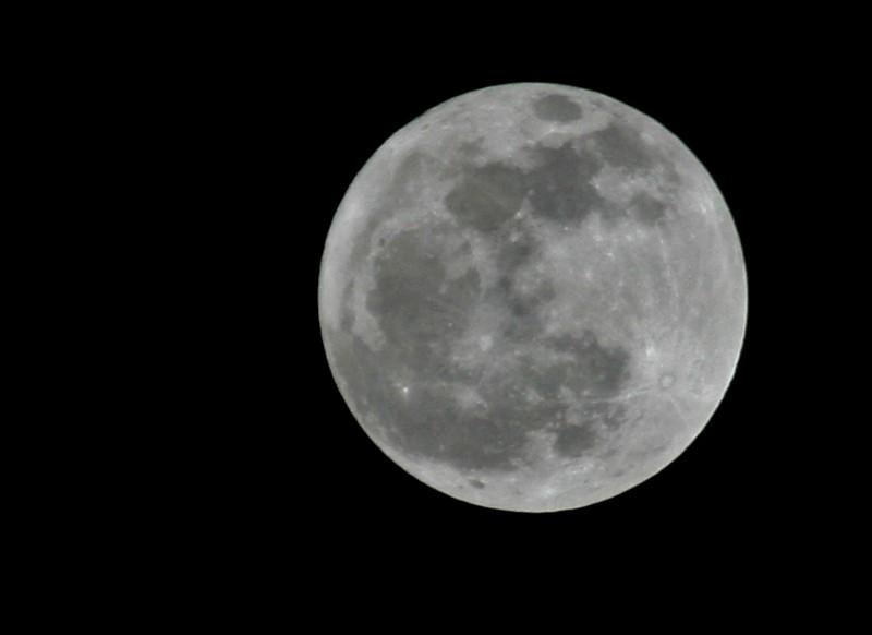 23877 - Full Moon
