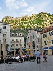 Trg od Oruja, piazza in Kotor, Montenegro, and hills above (Paul McClure DC) Tags: architecture scenery historic montenegro dalmatia kotor crnagora june2010 cttaro
