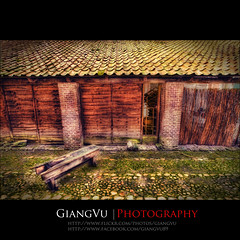 Secret Garden. (GiangVu | Photography) Tags: netherlands grass garden woodhouse hdr deventer softlight canonefs1022mm oldchair ancienthouse canon30d stonefloor giangvu wwwgiangvuartcom giangvuart