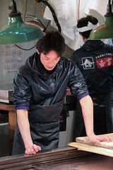Tsukiji Fish Market (Toni Kaarttinen) Tags: japan  japonia    jap japonsko jaapan  japani japon xapn    japn jepang an tseapin giappone  japna japonija  japo  japonska japn hapon  japonya nht bn tokyo tokio japanese tsukijifishmarket tsukiji fish market fishmarket man guy seller