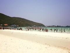 kor larn beach (faithchad) Tags: beach thailand kohlarn