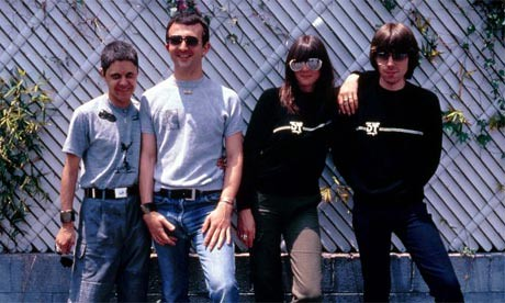 Throbbing-Gristle-007