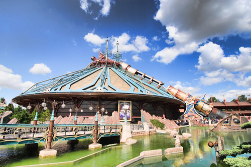 Space Mountain in High Definition