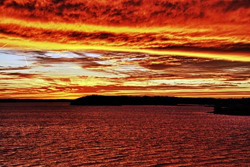 [フリー画像] 自然・風景, 夕日・夕焼け・日没, 湖・池, アメリカ合衆国, 201012121900