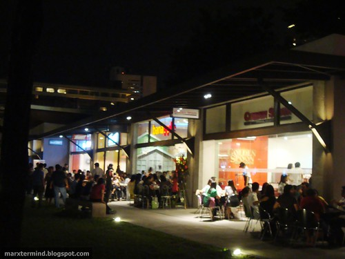 Garden Walk Dining: A Photo-walk At Ayala Triangle Gardens + More