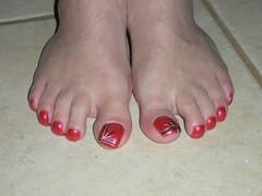 july 103 (kellt2010) Tags: red art big long toe nail off nails broke toenails toenailart