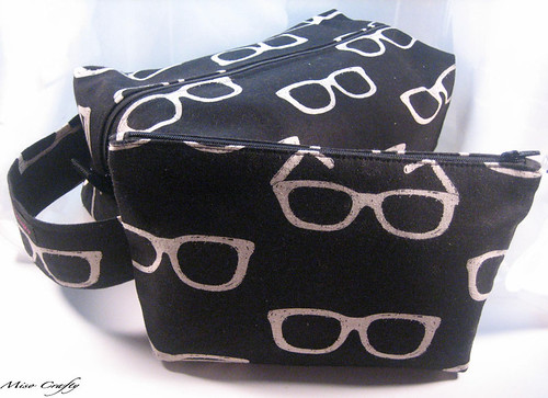 Echino Glasses Box and Notions Bags