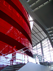 Winspear Opera House Dallas - Norman Foster (kyle.breedlove) Tags: plaza uk windows red sun chicago money building art architecture kyle rouge fly dallas rojo opera texas stage structure norman foster normanfoster cover iit oil british dfw mass modernarchitecture edifice artsdistrict cantilever urbanity contemporaryarchitecture britisharchitecture breedlove illinoisinstituteoftechnology louvers metroplex europeanarchitecture coveredplaza illinoistech operablewindows kylebreedlove