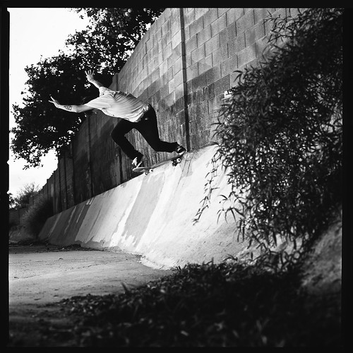 Mikey Durna BackTail Elliot Banks