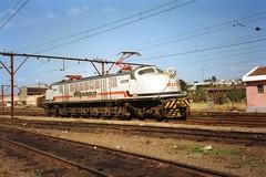FPM1082 Locomotiva Fepasa 6378 (Fernando Picarelli Martins) Tags: brazil railway locomotive cp ge 1947 estadosunidos generalelectric ferrovia fepasa locomotiva electriclocomotive companhiapaulistadeestradasdeferro locomotivaelétrica ferroviapaulistasa classe2cc2 brazilianrailway fepasanº6378