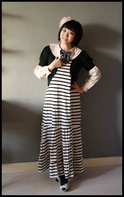 Maxi Dress + Vintage Top + Bow